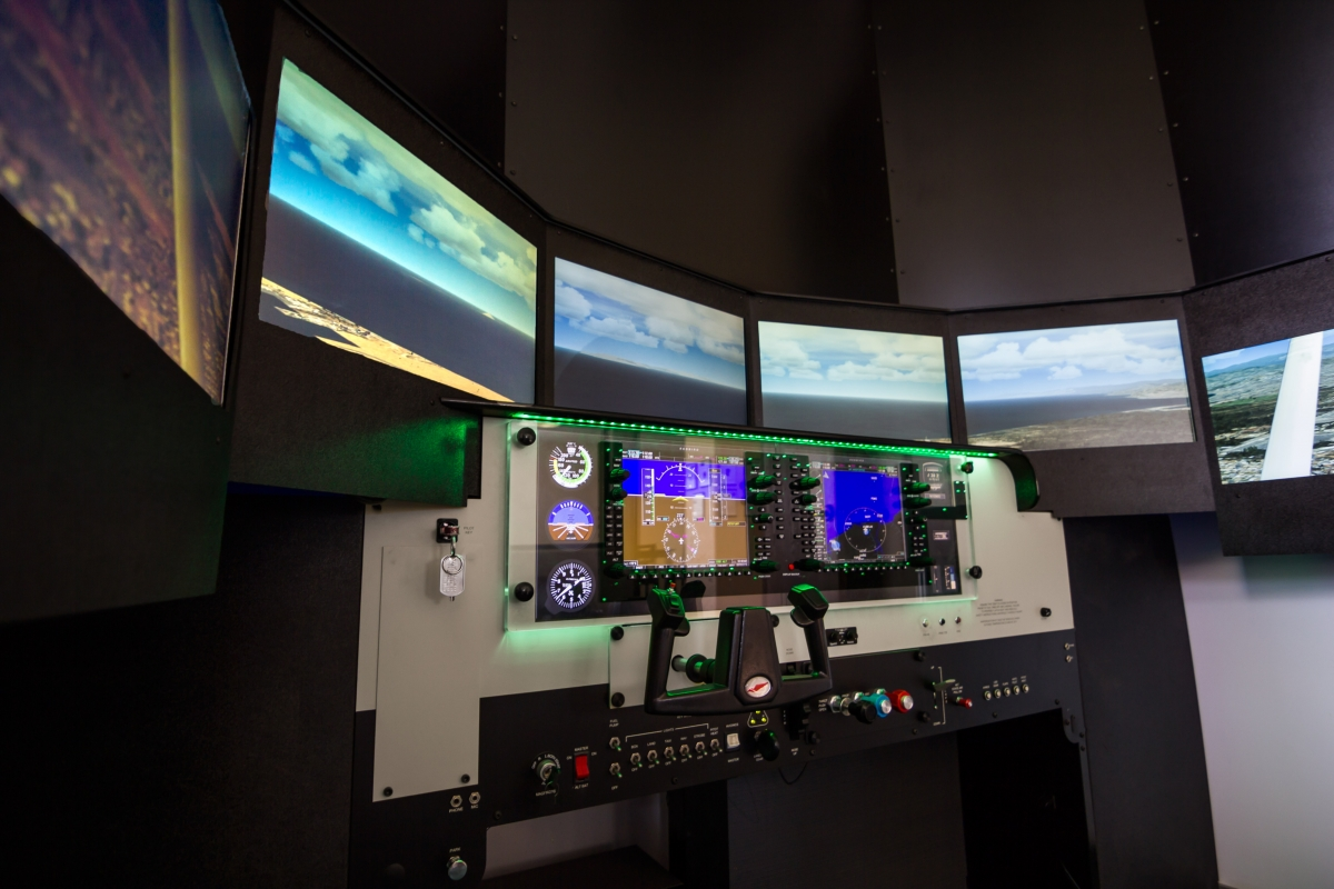 Channel Islands Flight School Simulation